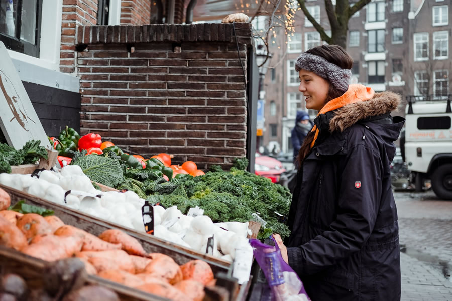 local market to stock up on local food